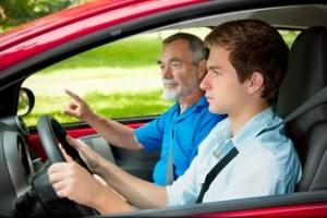 Como ser instrutor de trânsito em autoescola? Saiba como trabalhar