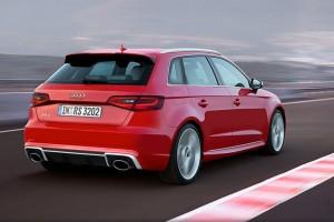 Audi RS3 Sportback vermelho