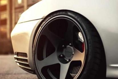 Roda esportiva para carro