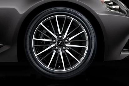 Roda esportiva Lexus
