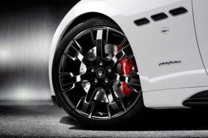 Roda esportiva Maserati branco
