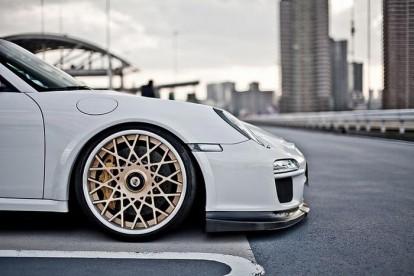 Roda esportiva Porsche branco