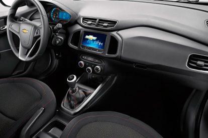 Chevrolet Onix 2017 painel