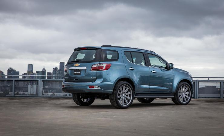 Chevrolet-Trailblazer-2017-lateral