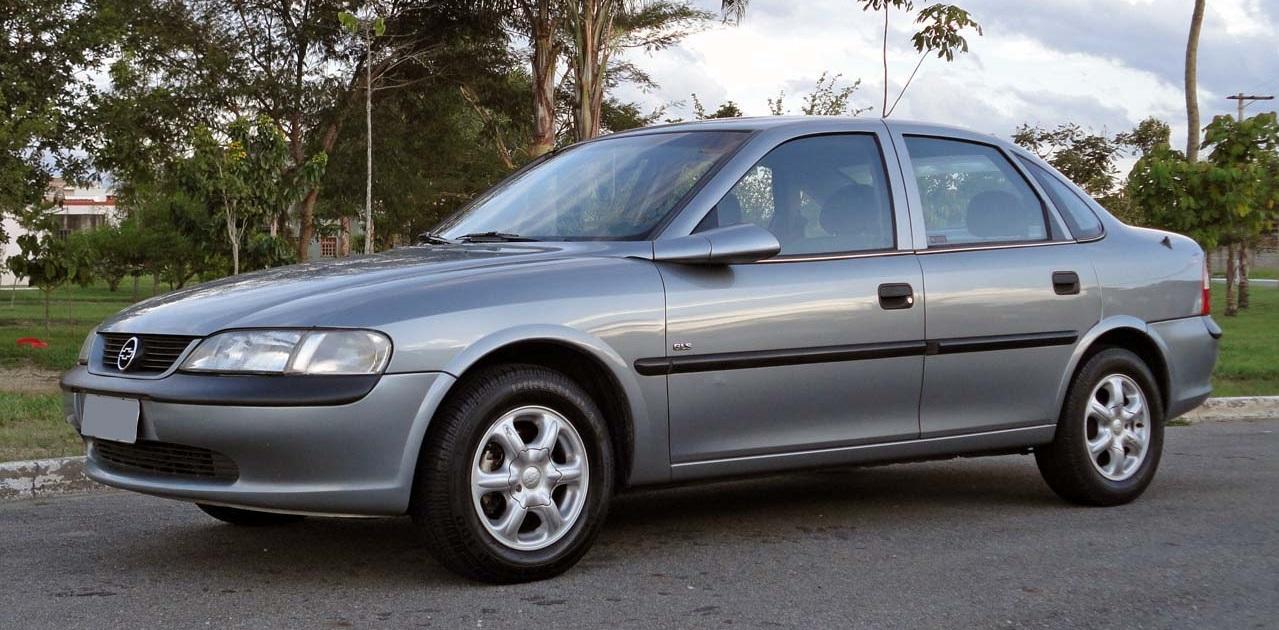 Chevrolet-Vectra-abre
