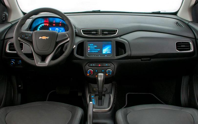 Chevrolet Onix 2014 - Interior e painel