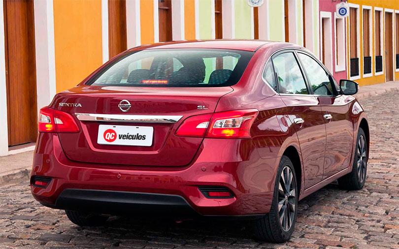Nissan Sentra 2017 traseira