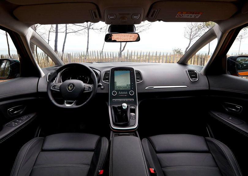 Renault scenic 2017 an lise lan amento motoriza o e fotos for Interior renault scenic