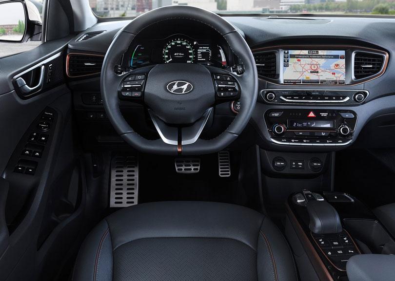 Hyundai Ioniq 2017 interior