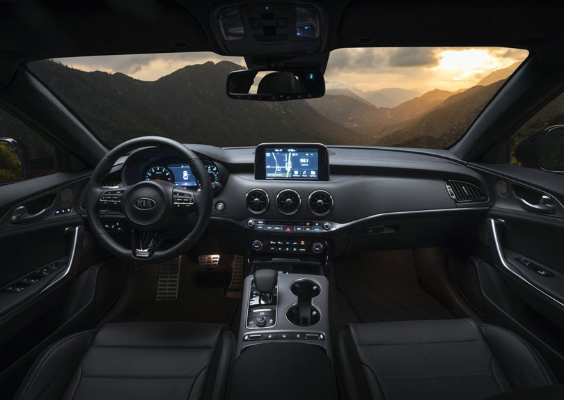 Kia Stinger 2018 interior