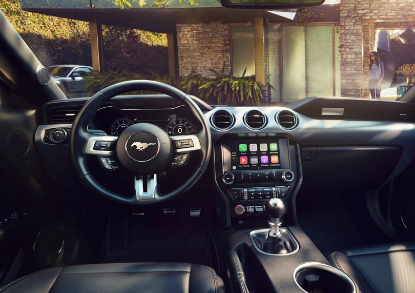 Ford Mustang 2018 interior