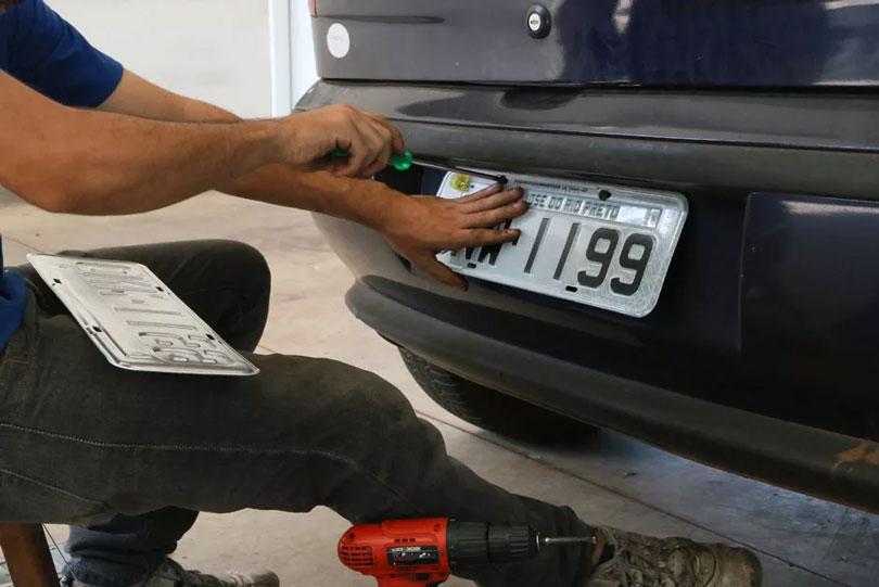 Personalizar placa de carro