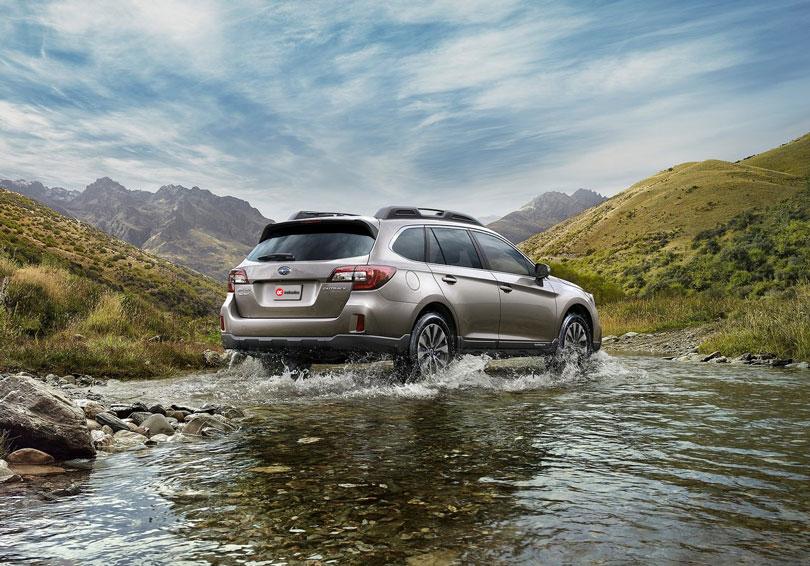Subaru Outback 2017 traseira