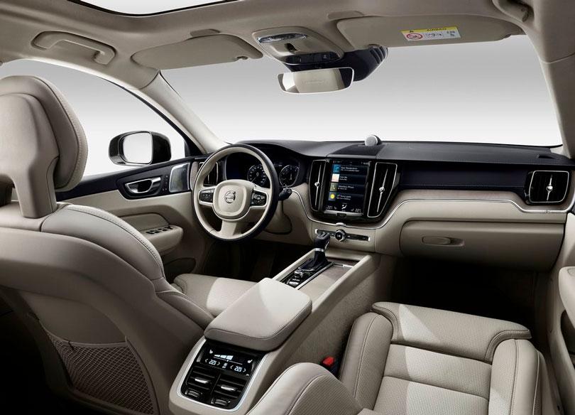Volvo XC60 2018 interior