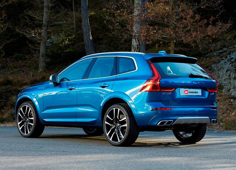 Volvo XC60 2018 traseira