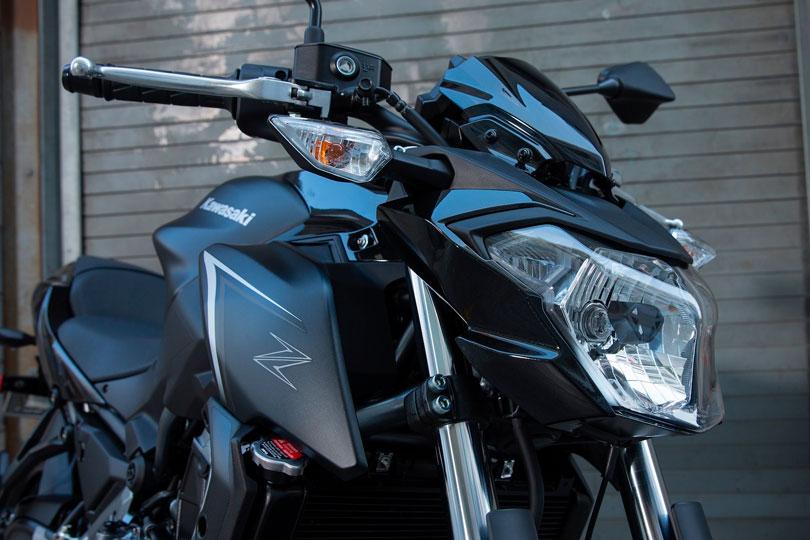 Kawasaki Z650 2017 foto