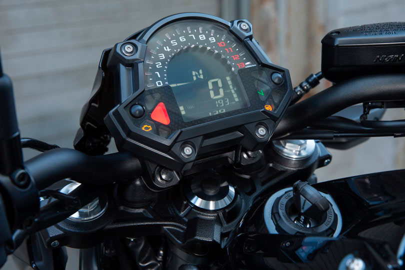 Kawasaki Z650 2017 painel