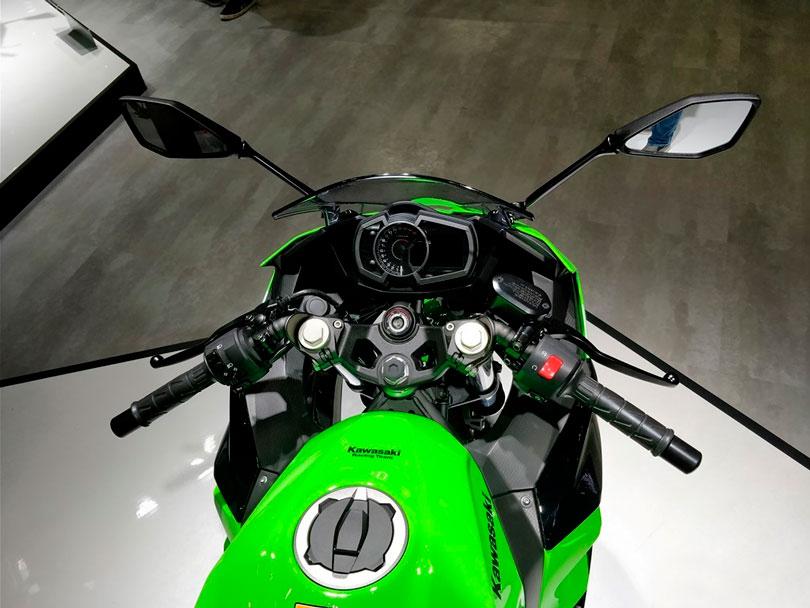Kawasaki Ninja 400 2019 painel