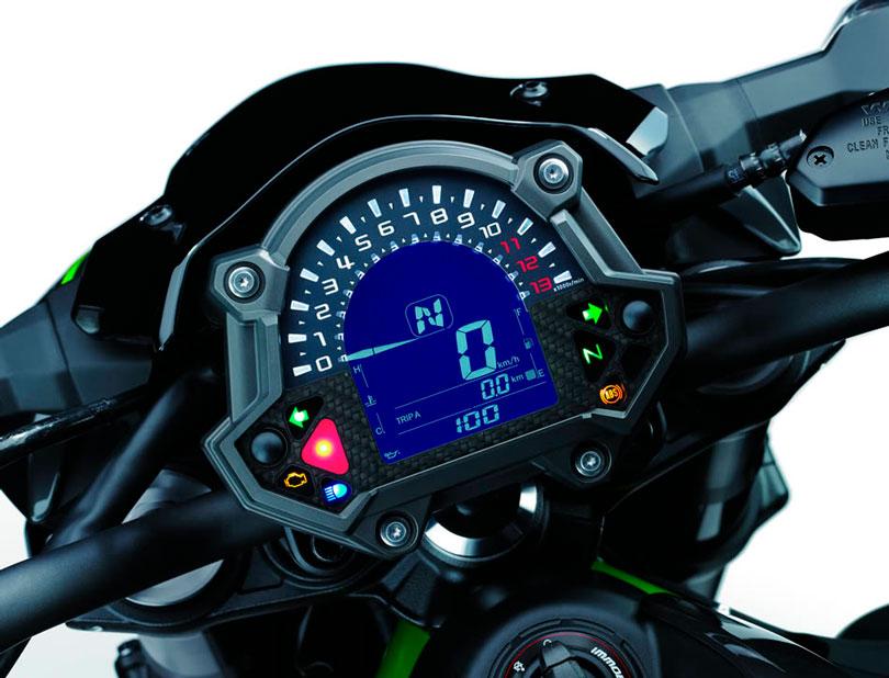 Kawasaki Z900 2018 painel