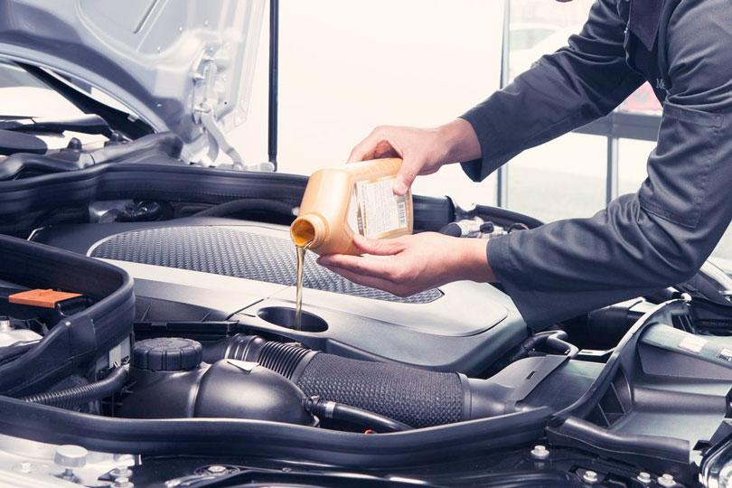 Tipos de óleo para motor de carro