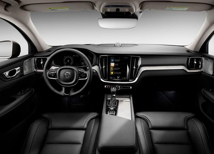 Volvo V60 2019 interior