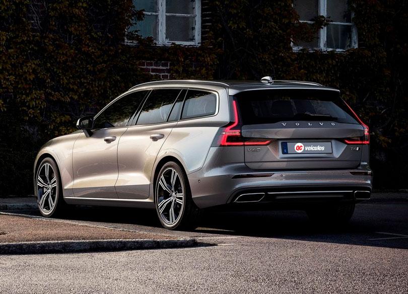Volvo V60 2019 traseira
