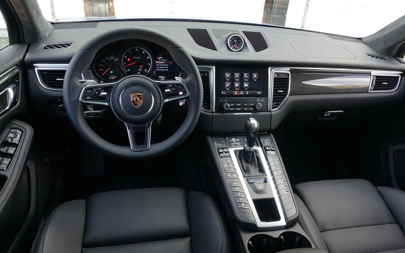 Porsche-Macan-2018-interior
