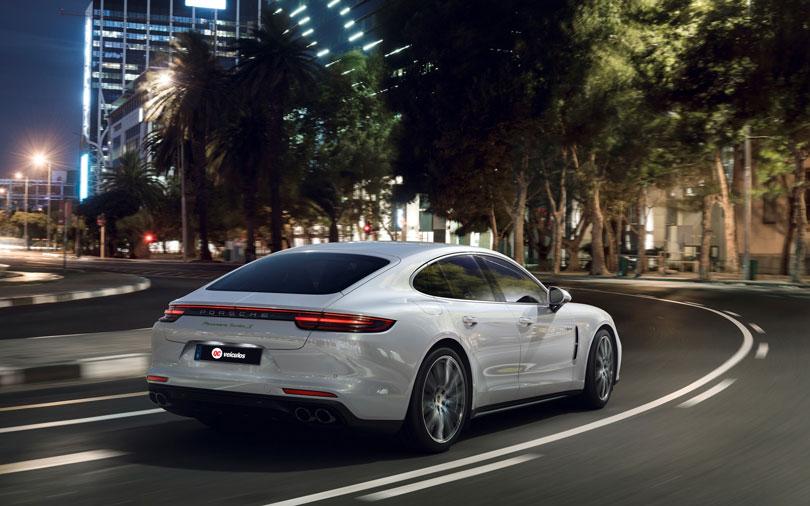 Porsche-Panamera-2018-traseira