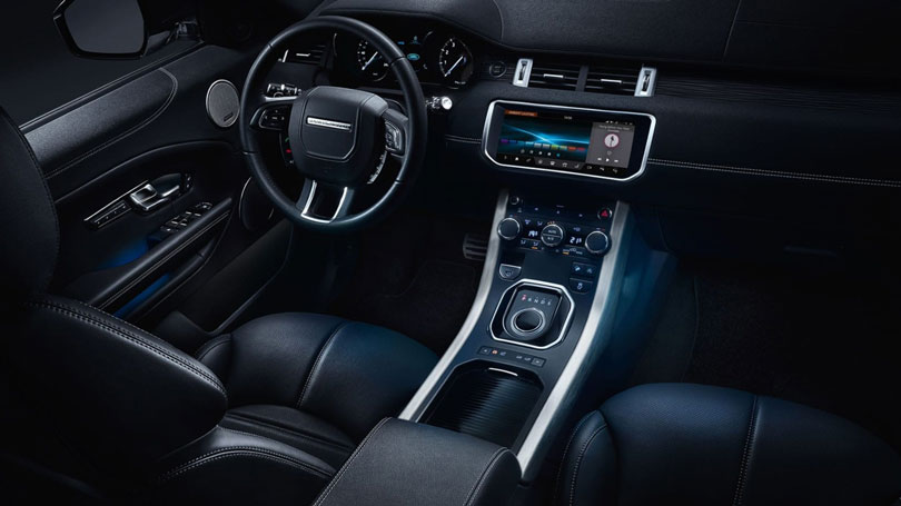 Range rover evoque 2018 an lise lan amento motoriza o for Interno velar