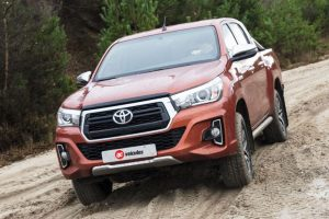 Toyota-Hilux-2019