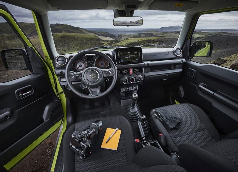 Suzuki-Jimny-2019-interior