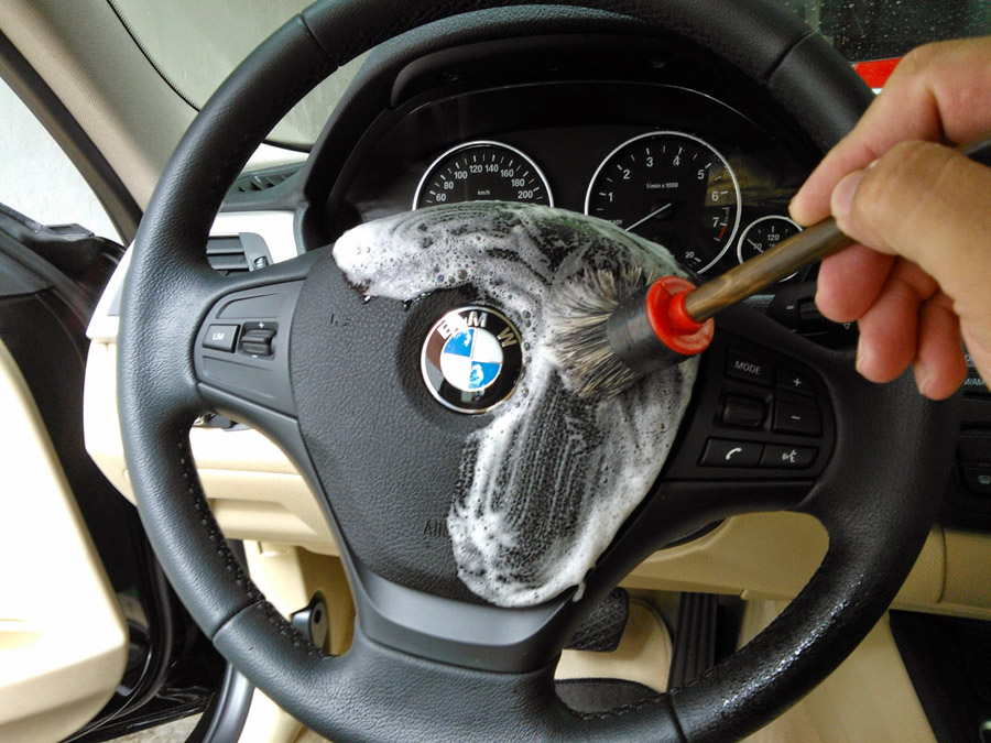 Detalhamento automotivo